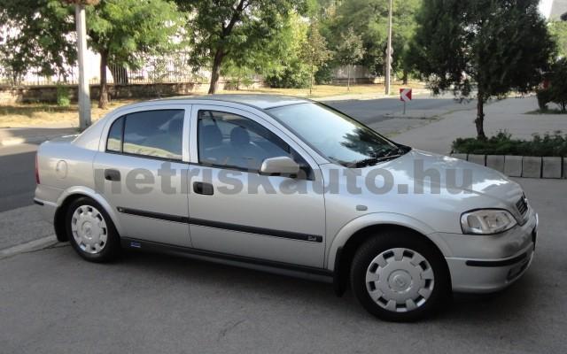 OPEL Astra 1.4 16V Club személygépkocsi - 1388cm3 Benzin 27430 9/10