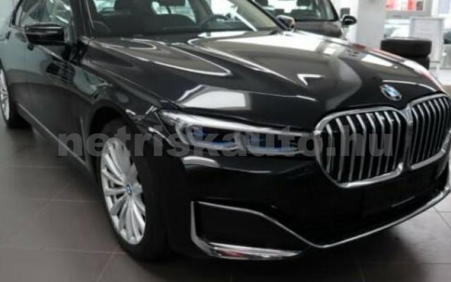 BMW 730 személygépkocsi - 2993cm3 Diesel 109989 2/12