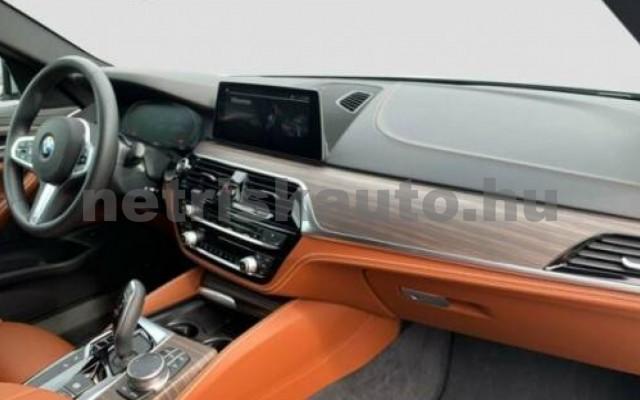 540 személygépkocsi - 2998cm3 Benzin 105125 10/12