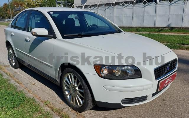 VOLVO S40 2.0 Momentum személygépkocsi - 1999cm3 Benzin 52507 3/28