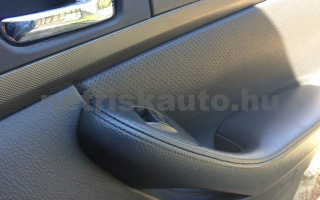 TOYOTA Avensis 2.0 D Sol Comfort személygépkocsi - 1995cm3 Diesel 47463 6/6