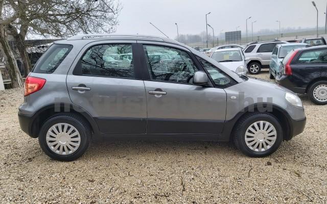 FIAT Sedici 1.6 16V 4x4 Emotion személygépkocsi - 1586cm3 Benzin 22498 4/12