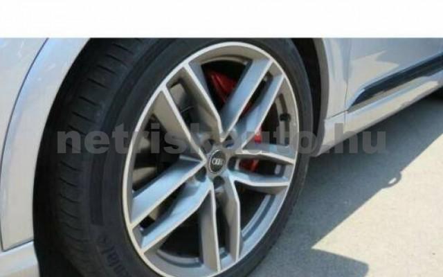 SQ7 személygépkocsi - 3956cm3 Diesel 104911 6/11