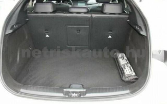 INFINITI Q30 személygépkocsi - 1595cm3 Benzin 110370 8/12