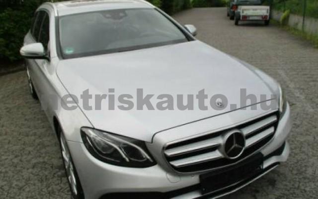 E 400 személygépkocsi - 3498cm3 Benzin 105845 12/12