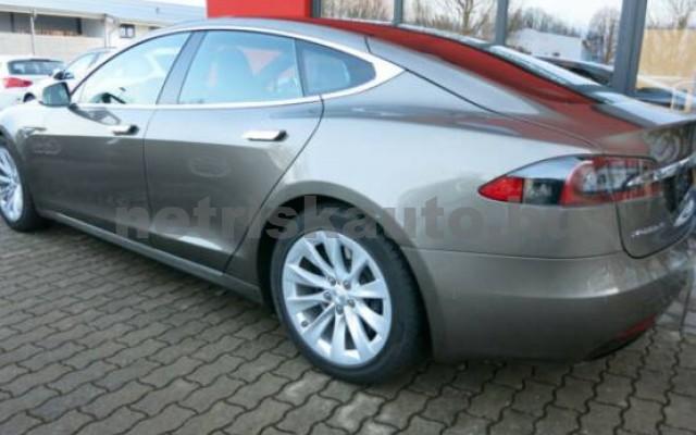 TESLA Model S személygépkocsi - 2000cm3 Kizárólag elektromos 39949 3/7