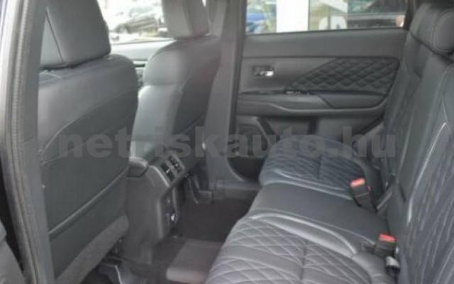 Outlander személygépkocsi - 2360cm3 Hybrid 105725 6/10