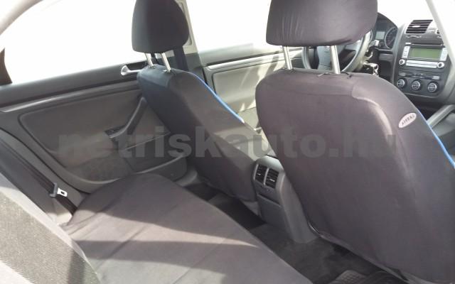 VW Jetta 1.6 Trendline személygépkocsi - 1595cm3 Benzin 49975 7/8