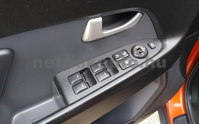 KIA Sportage 2.0 CRDi EX 4x4 Aut. személygépkocsi - 1995cm3 Diesel 22478 9/12