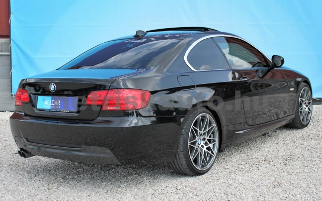 BMW 3-as sorozat 325d Aut. személygépkocsi - 2993cm3 Diesel 16626 5/12