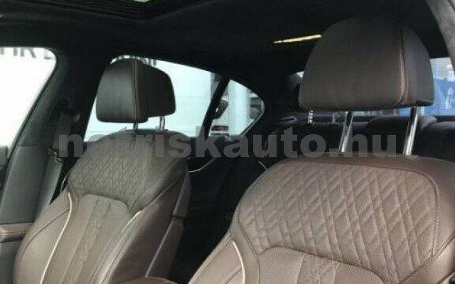 BMW 730 személygépkocsi - 2993cm3 Diesel 105181 3/4