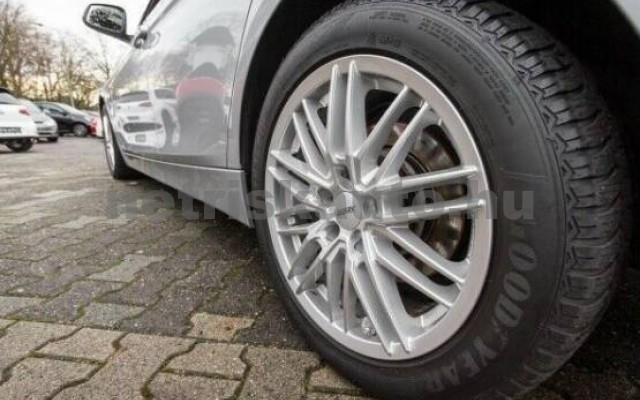 BMW 330 személygépkocsi - 1998cm3 Hybrid 42678 6/7