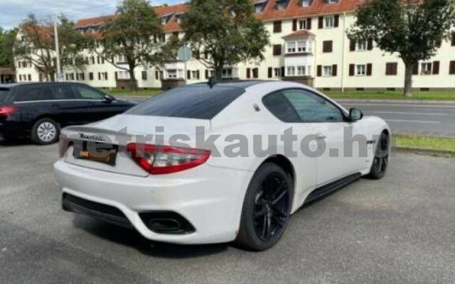 GranTurismo személygépkocsi - 4691cm3 Benzin 105679 5/12