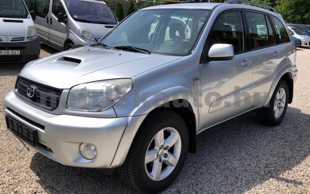 TOYOTA Rav4 2.0 D 4x4 Sol személygépkocsi - 1995cm3 Diesel 93273 2/12