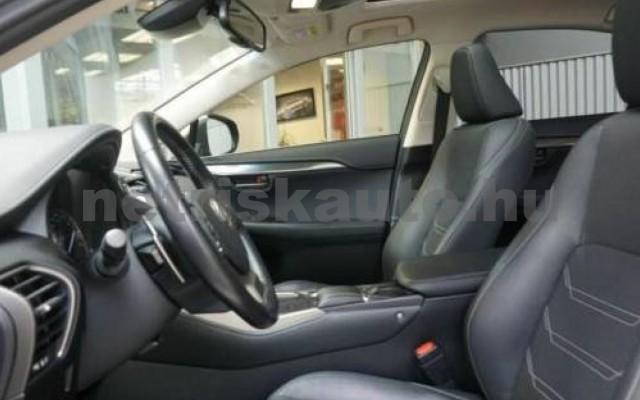 LEXUS NX 300 személygépkocsi - 2494cm3 Hybrid 110675 9/12
