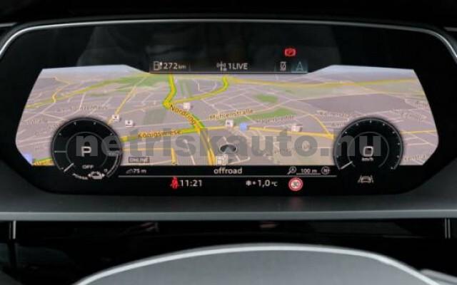 AUDI e-tron személygépkocsi - 2000cm3 Kizárólag elektromos 42581 5/7