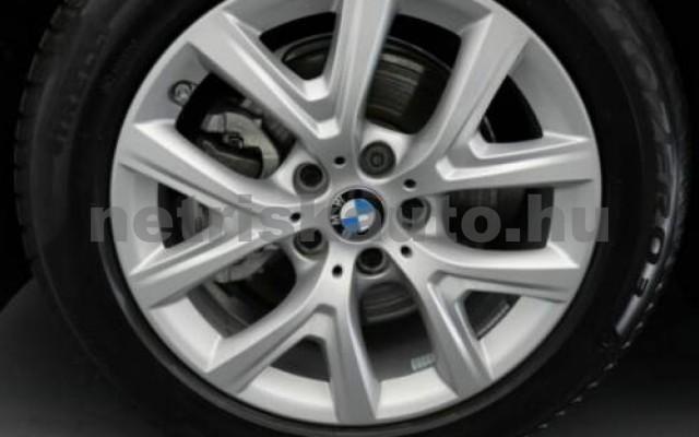 X1 személygépkocsi - 1499cm3 Benzin 105209 11/12