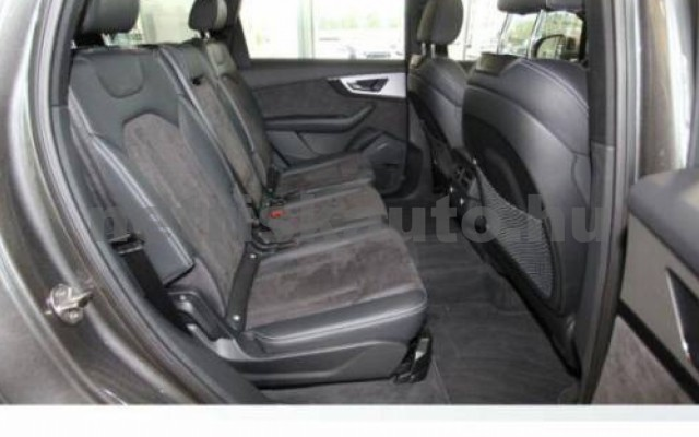 Q7 személygépkocsi - 2967cm3 Diesel 104778 8/9