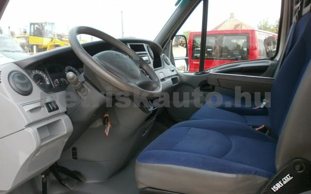 IVECO 35 35 C 18 3450 Aut. tehergépkocsi 3,5t össztömegig - 2998cm3 Diesel 44689 8/9