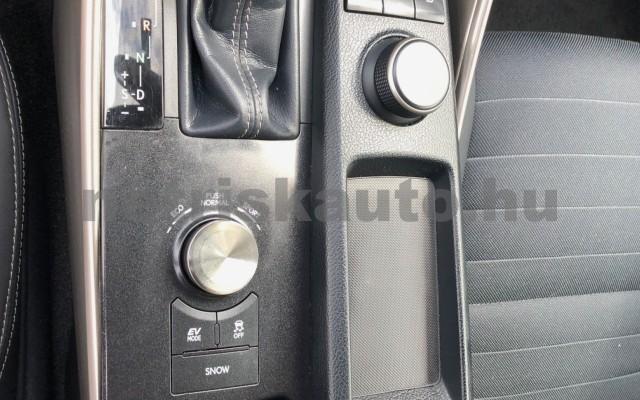 LEXUS IS IS 300h Comfort&Navigation Aut. személygépkocsi - 2494cm3 Hybrid 89139 4/12