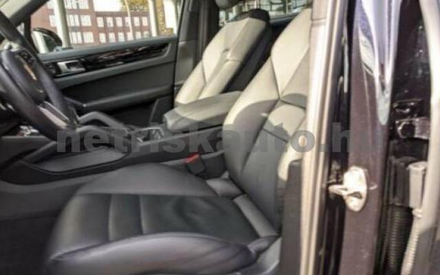 Cayenne személygépkocsi - 2995cm3 Hybrid 106297 5/5