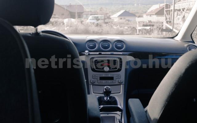 FORD Galaxy 2.0 TDCi Ghia [7sz] személygépkocsi - 1997cm3 Diesel 18601 7/8