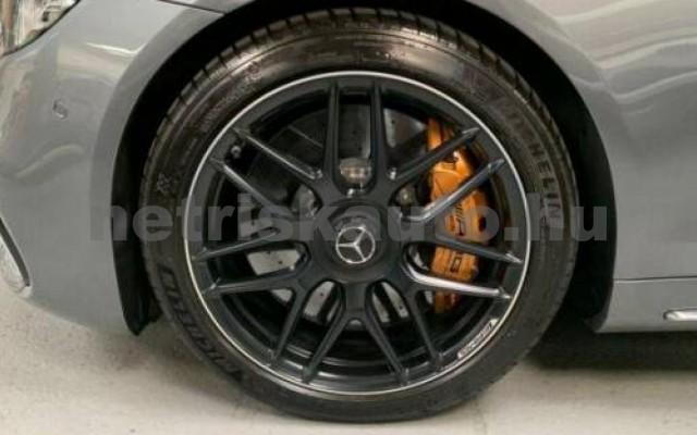 S 63 AMG személygépkocsi - 3982cm3 Benzin 106136 10/12