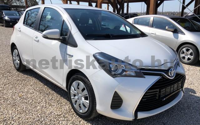 TOYOTA Yaris 1.5 HSD Active e-CVT személygépkocsi - 1497cm3 Hybrid 81435 8/12