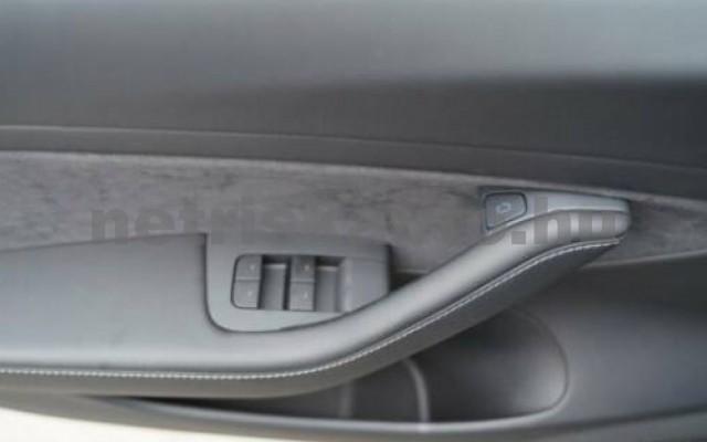 Model 3 személygépkocsi - cm3 Kizárólag elektromos 106180 10/12