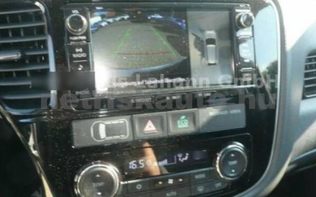MITSUBISHI Outlander személygépkocsi - 1998cm3 Hybrid 105718 9/9