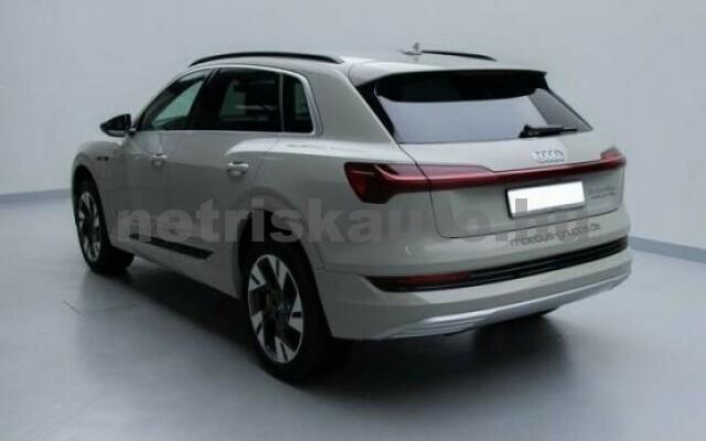 AUDI e-tron személygépkocsi - 2000cm3 Kizárólag elektromos 42568 4/7