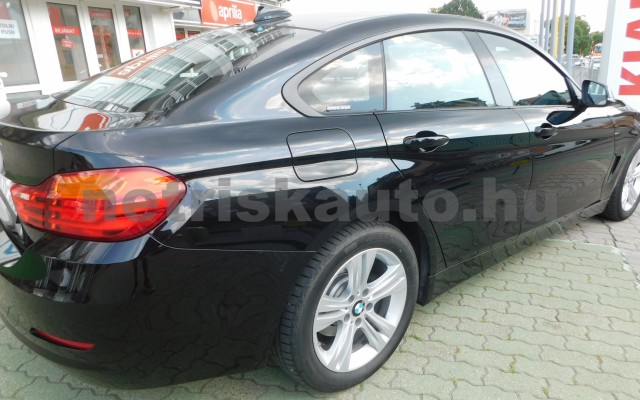 BMW 4-es sorozat 418d Sport személygépkocsi - 1995cm3 Diesel 44866 12/12