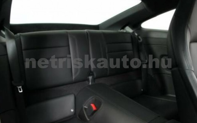 911 személygépkocsi - 2981cm3 Benzin 106246 12/12