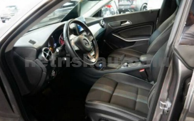 CLA 220 személygépkocsi - 1991cm3 Benzin 105796 6/10