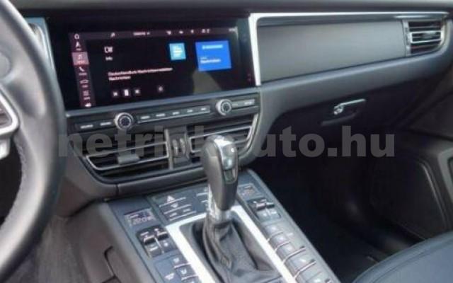 Macan személygépkocsi - 1984cm3 Benzin 106269 10/12