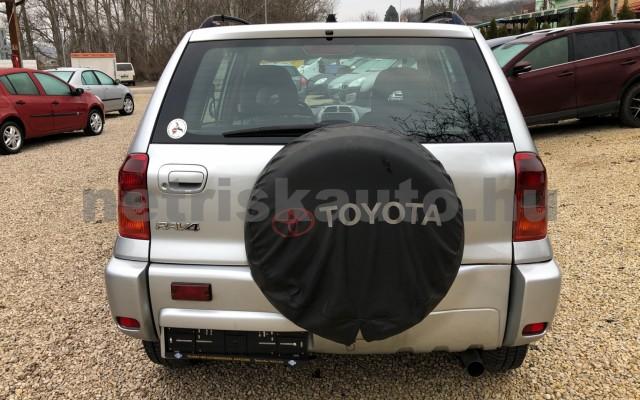 TOYOTA Rav4 2.0 D-4D 4x4 személygépkocsi - 1995cm3 Diesel 74287 5/12