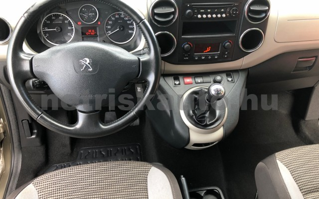 PEUGEOT Partner 1.6 HDi Confort L2 EURO5 személygépkocsi - 1560cm3 Diesel 104546 8/12