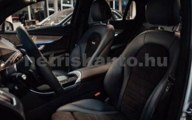 EQC személygépkocsi - cm3 Kizárólag elektromos 106107 9/11