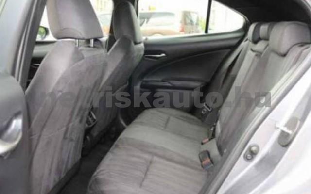 LEXUS UX személygépkocsi - 1998cm3 Benzin 110655 8/11