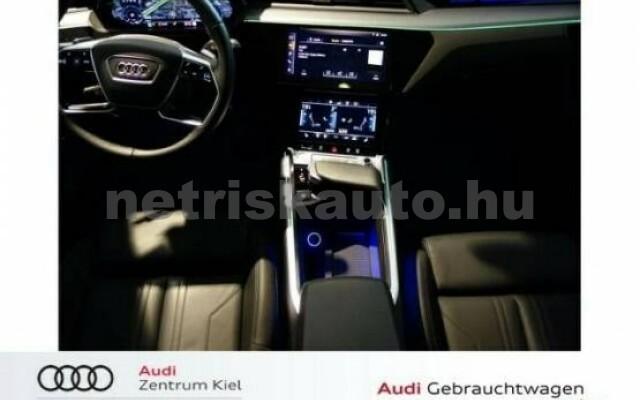 AUDI e-tron személygépkocsi - 2000cm3 Kizárólag elektromos 42574 7/7