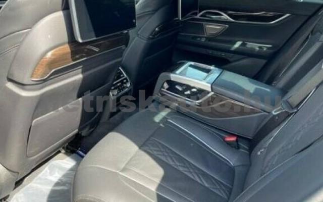 745 személygépkocsi - 2998cm3 Hybrid 105169 8/11