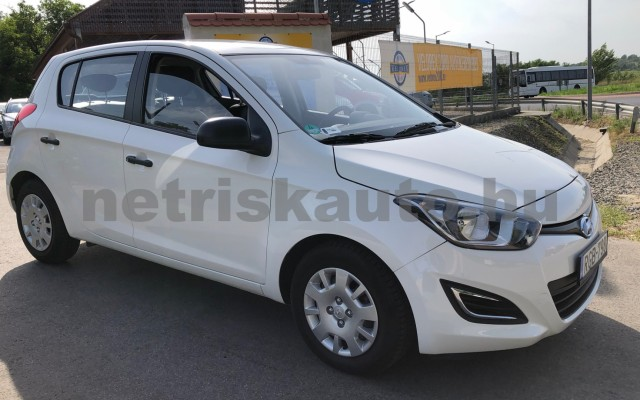 HYUNDAI i20 1.25 Color limited edition személygépkocsi - 1248cm3 Benzin 100512 6/12