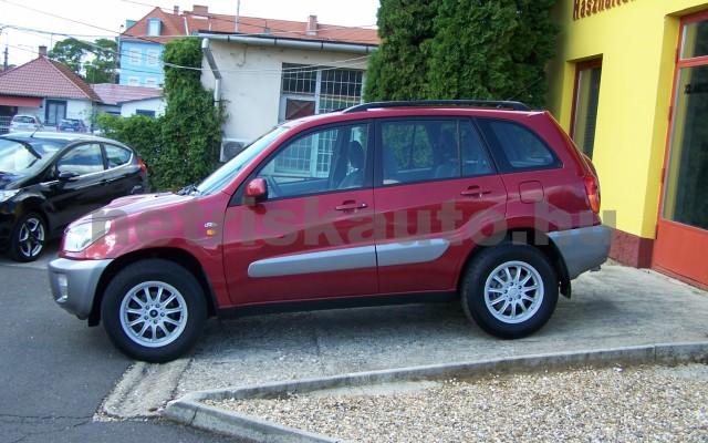 TOYOTA Rav4 2.0 D-4D 4x4 személygépkocsi - 1995cm3 Diesel 104519 2/11