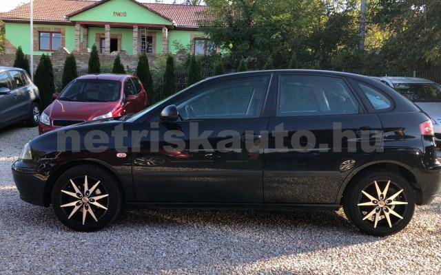 SEAT Ibiza 1.4 16V Reference Cool személygépkocsi - 1390cm3 Benzin 64549 6/12