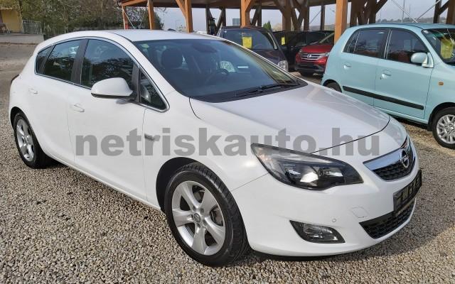 OPEL Astra 2.0 CDTI Enjoy személygépkocsi - 1956cm3 Diesel 19948 3/12