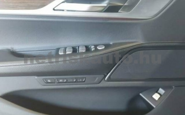 740 személygépkocsi - 2998cm3 Benzin 105172 9/10