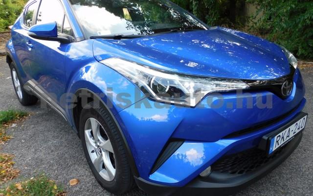 TOYOTA C-HR 1.2T Active (ülésfűtéssel) személygépkocsi - 1197cm3 Benzin 104536 2/12