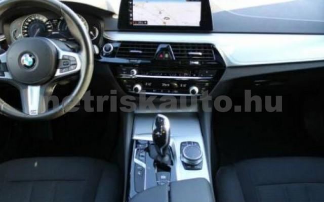 530 személygépkocsi - 1998cm3 Hybrid 105113 12/12