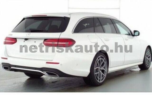 E 300 személygépkocsi - 1991cm3 Benzin 105838 2/8