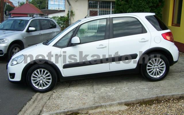 SUZUKI SX4 1.5 GS személygépkocsi - 1490cm3 Benzin 44771 2/12